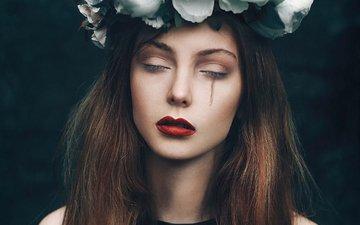 портрет, грусть, лицо, венок, слеза, шатенка, девука