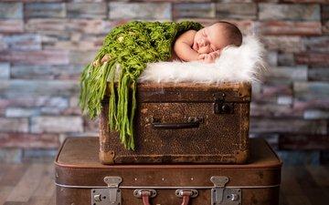 спит, ребенок, малыш, младенец, чемодан