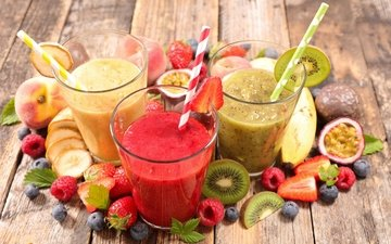 малина, фрукты, клубника, ягоды, коктейль, киви, черника, банан