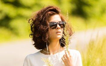 очки, шатенка, солнечные очки, николь, травинка, nikol