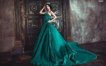 девушка, модель, королева, зеленое платье, алла бергер