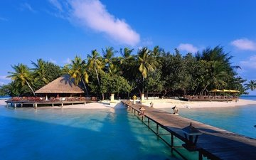фонари, вода, пирс, пальмы, океан, остров, навес, тени, мальдивские о-ва