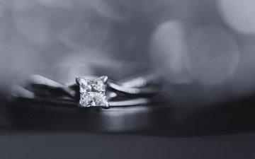 чёрно-белое, камень, кольцо, боке