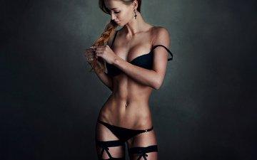 девушка, блондинка, взгляд, трусики, модель, чулки, коса, милая, фигура, пояс, стринги, лифчик, красивая, стройная