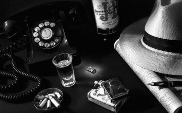 ручка, винтаж, ретро, пепельница, зажигалка, телефон, бутылка, алкоголь, шляпа, стопка, сигареты, нуар, окурки
