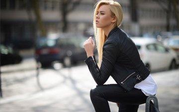 девушка, блондинка, город, взгляд, улица, профиль, кожа, куртка