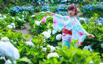 цветы, девушка, губы, лицо, руки, кимоно
