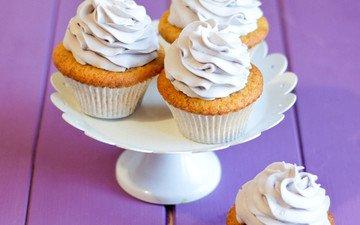 крем для торта, сладкое, тарелка, десерт.кексы