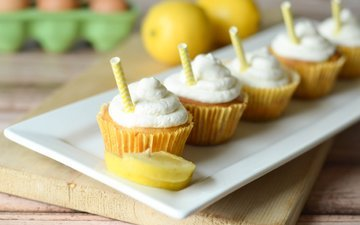 sweet, cakes, cupcakes, cream.lemon