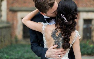 девушка, тату, татуировка, жених, поцелуй, невеста, прически