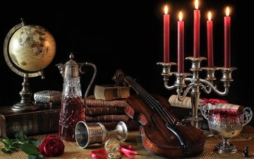 свечи, ноты, скрипка, роза, книги, глобус, чаша, натюрморт, графин