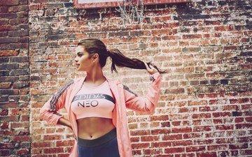 девушка, стена, модель, актриса, спорт, реклама, бренд, селена гомес, селена гомез