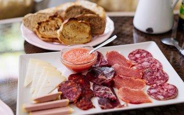 сыр, мясо, колбаса, соус, нарезка