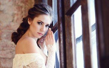 девушка, взгляд, грудь, фотограф, губы, красивая, страсть, кружево, сексуальная, личико, galina tcivina, полуголая, у окна, галина