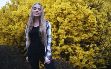 девушка, модель, flowers, view, girl, yellow, model, beauty, nice, foliage, portait, mary jane, gorokhov, мэри джейн, горохов