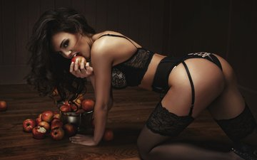 поза, взгляд, жопа, fruits, брюнет, boobs, дамское белье, эппл, сексапильная, прикладом, настольная