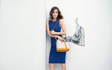 платье, брюнетка, актриса, позирует, платок, стоит, сумка, роуз бирн, oroton, boo george
