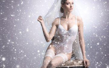 снежинки, фон, поза, брюнетка, сидит, чулки, фотошоп, макияж, прическа, фигура, в белом, белье, невеста, фата, боди, сексуальная, на стуле