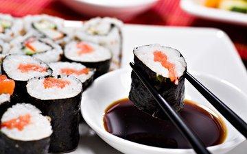еда, палочки, рис, суши, роллы, японская кухня, соевый соус, нори
