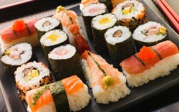 япония, ломтики, палочки, рис, суши, роллы, морепродукты, креветки, красная икра, японская кухня, лосось, сервировка, нарезка, красная рыба, морская капуста
