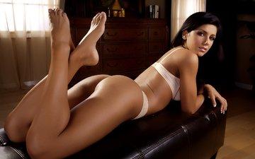 брюнетка, взгляд, модель, ножки, лицо, белье, попка, isabella milan, rafaela grossl
