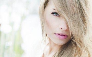 глаза, девушка, фото, фон, блондинка, волосы, губы, лицо, ресницы, шея, вщгляд