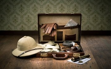 card, the camera, romance, compass, spyglass, suitcase, gloves, journey, adventure, shirt, preparing for the journey, diaries