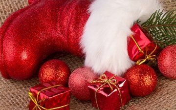new year, balls, christmas, gifts, red, toys, holiday, fur, boots