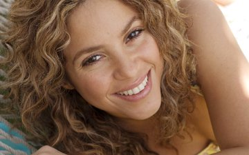 girl, smile, portrait, model, hair, face, singer, shakira