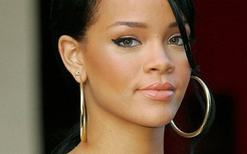 look, model, face, actress, singer, earrings, rihanna