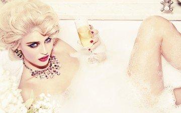 blonde, look, model, bath, blue-eyed, bianca balti