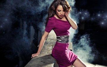 девушка, фон, платье, брюнетка, мост, брюнет, в платье, gевочка, длинные вьющиеся волосы