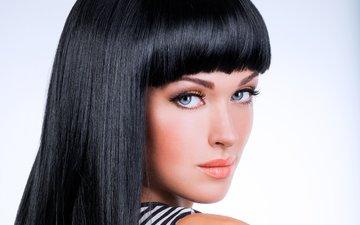 девушка, фон, взгляд, волосы, губы, лицо, макияж, тени, челка