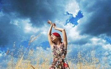 небо, трава, облака, девушка, платье, поле, облачно, в платье, gевочка, countryside