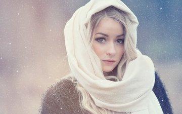 глаза, зима, девушка, блондинка, портрет, взгляд, платок