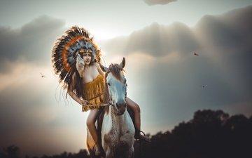 лошадь, девушка, лицо, перья, скачет, индеец, головной убор