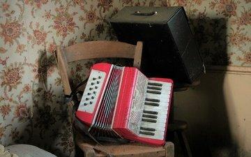 music, tool, accordion