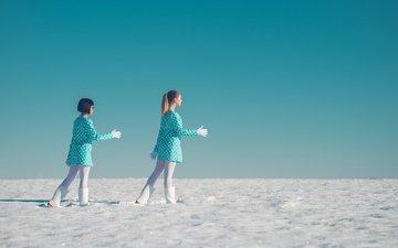 снег, девушки, танец