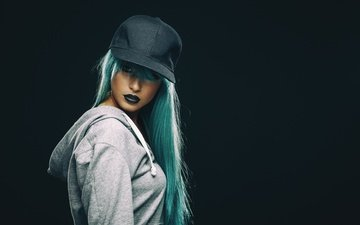 ушанка, голубые волосы, make up, самка