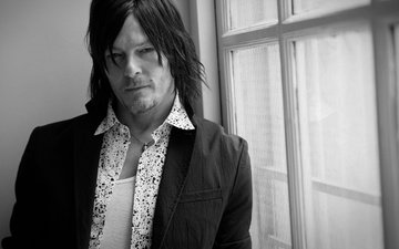photo, portrait, black and white, actor, window, shirt, jacket, vogue, 2015, norman reedus, eric guillemain