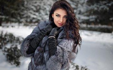 снег, зима, брюнетка, макияж, позирует, мех, шуба, перчатки, на природе