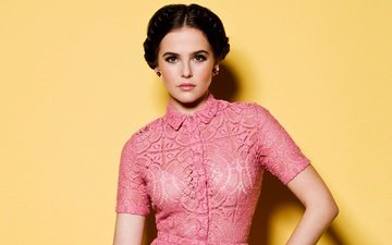 yellow, background, dress, pose, portrait, brunette, makeup, hairstyle, photoshoot, pink, just jared, zoey deutch, justin campbel