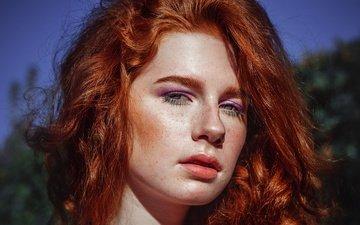 отражение, портрет, взгляд, рыжая, девочка, тени, веснушки, рыжеволосая