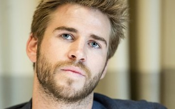 liam hemsworth, at the press conference of the film the hunger games
