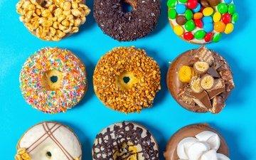 орехи, конфеты, сладости, цветные, шоколад, сладкое, пончики, выпечка, конфета, в шоколаде, гайки