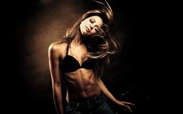девушка, модель, позирует, пирсинг, живот, в белье