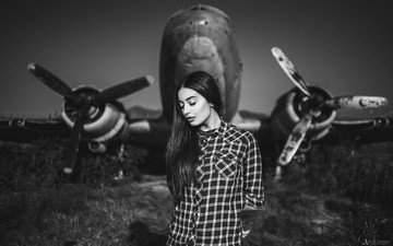 girl, the plane, portrait, black and white, shirt