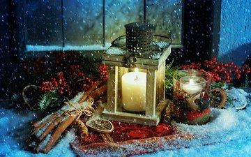 снег, свечи, новый год, корица, фонарь, ягоды, рождество
