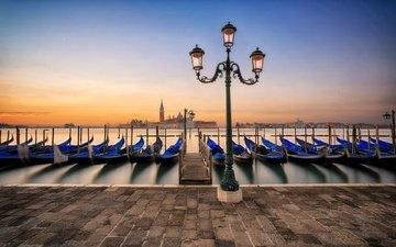 morning, dawn, venice, promenade, lantern, italy, laguna, marina, gondola