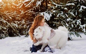 деревья, снег, природа, зима, девушка, собака, прогулка, рыжеволосая, самоед